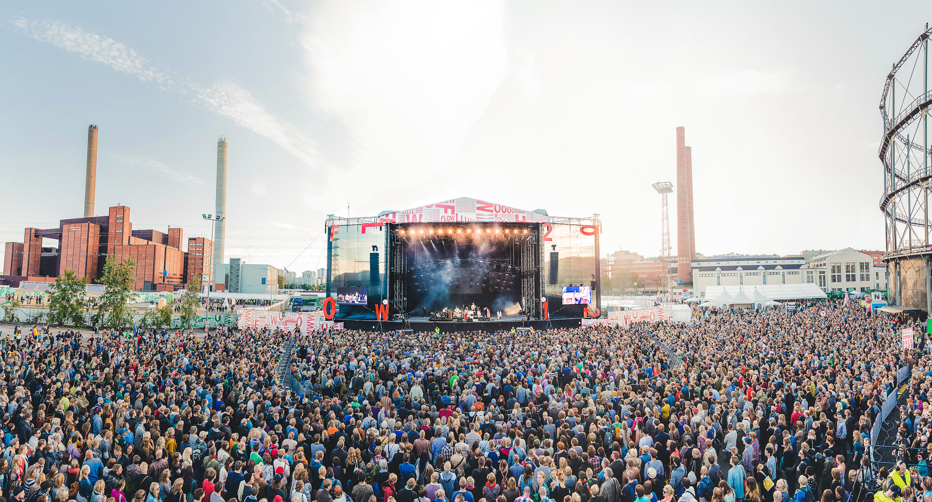 Panorama picture of Flow Festival's Main Stage while Feist is performing